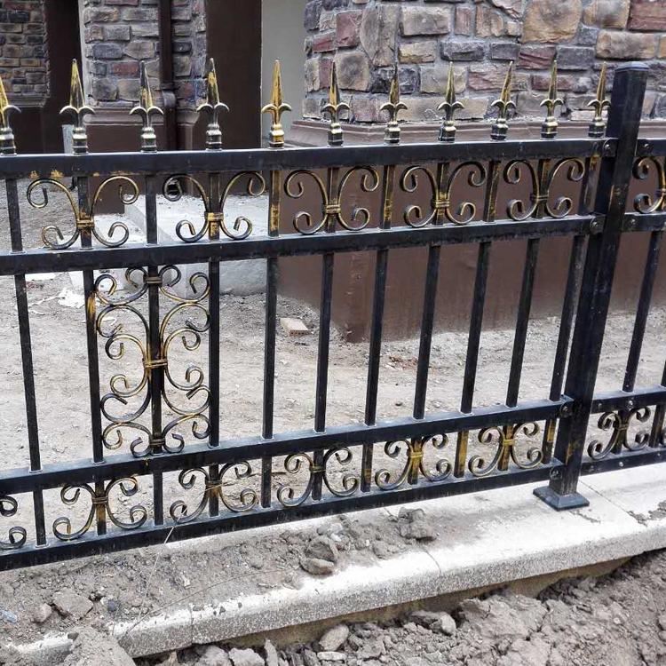 锌钢护栏 草坪护栏铁艺围栏 大量定制厂家直销 别墅小区外墙护栏